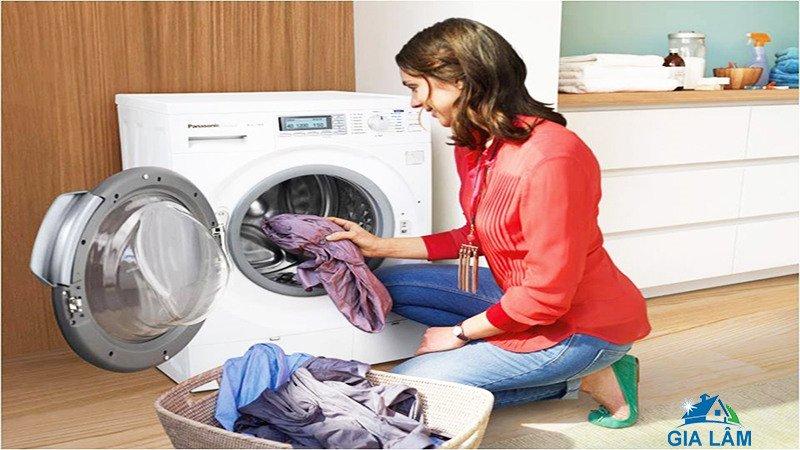 cách vệ máy giặt cửa ngang